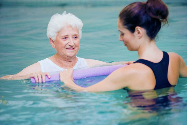 WHAT IS HYDROTHERAPY AND WHAT CAN IT PROVIDE US?